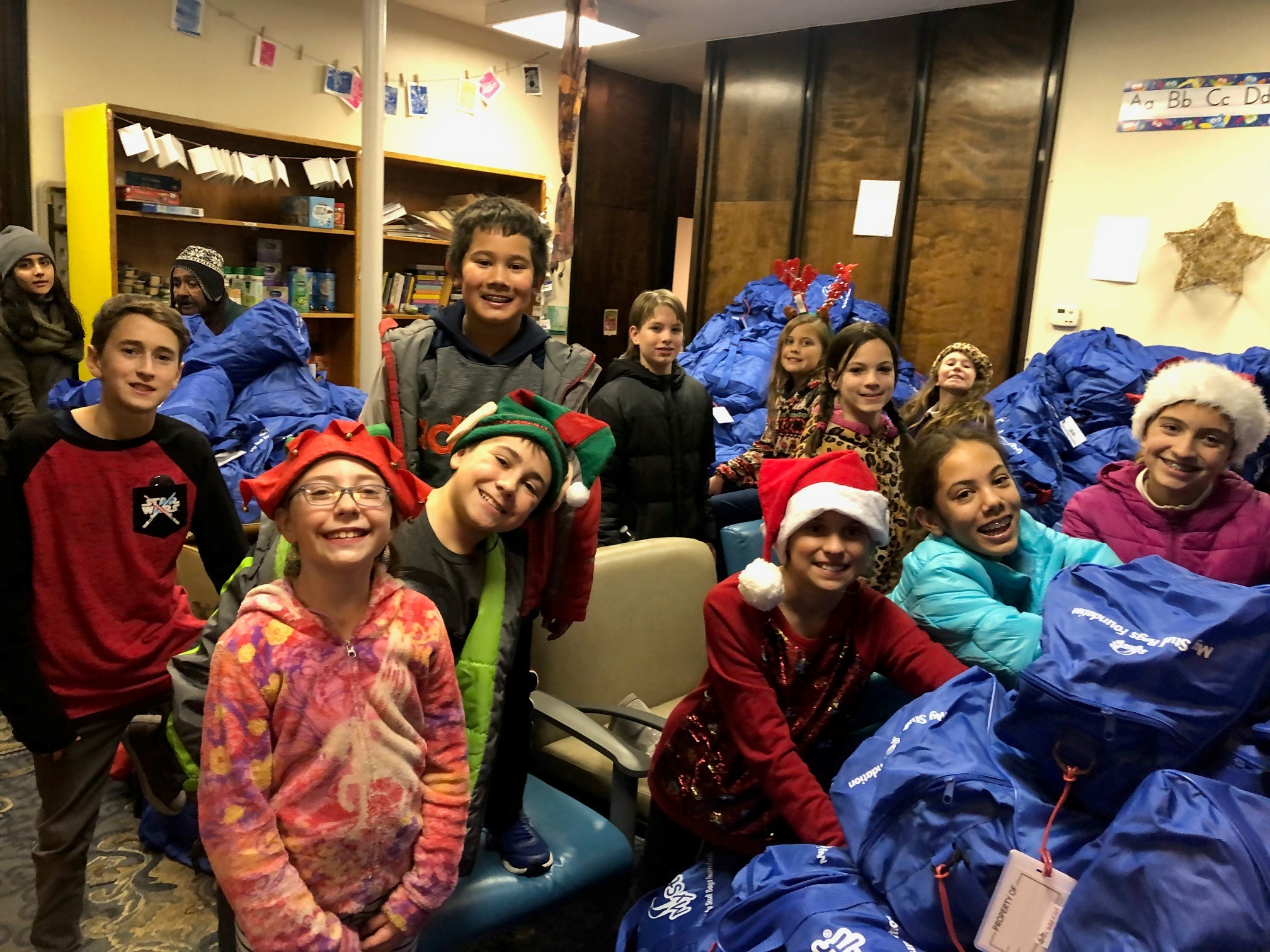 Good Shepherd Lutheran Church (UT) Rise Pre-Teens Give Joy+Organize Toys